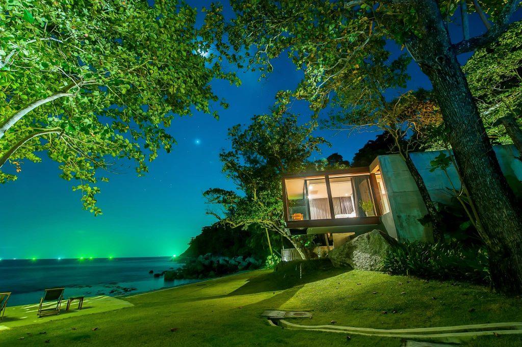 บ้านพักติดชายทะเล