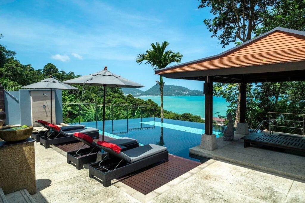 2. Phuket Graceland Resort & Spa